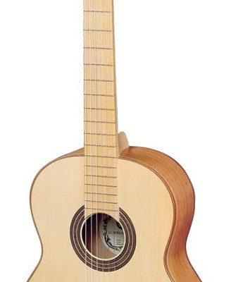 Hora SS200C - gitara klasyczna 4/4